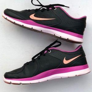 Nike women's black running sneakers